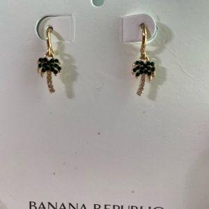Palm Tree Rhinestone Earrings NWT Banana Republic
